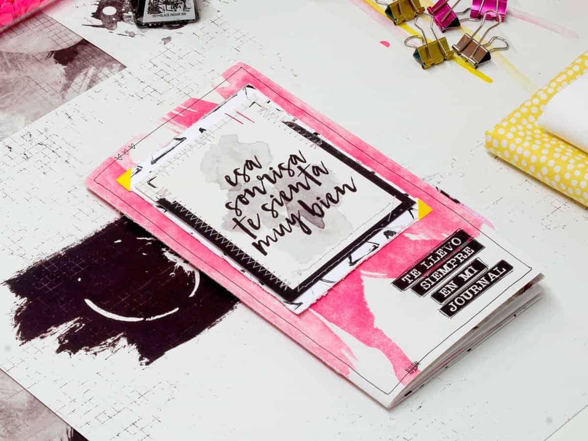 Journal en formato midori de scrap con papeles de #MilkMedia
