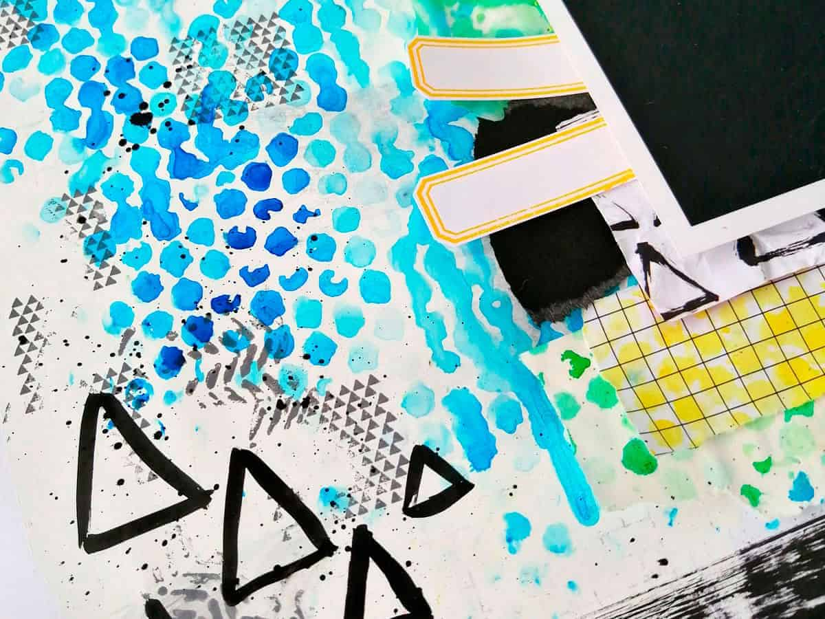 Triángulos de tinta y etiquetas en el layout #MilkMedia azul y verde Milo
