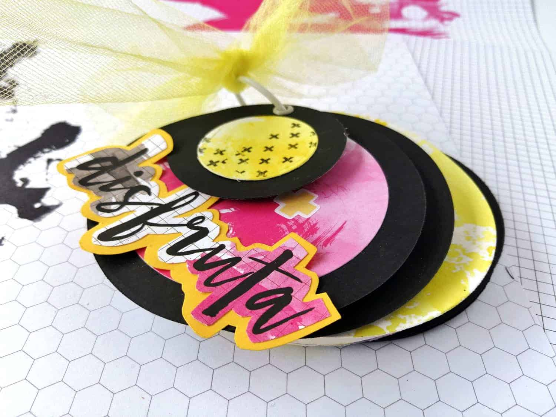 Mini álbum redondo con tul