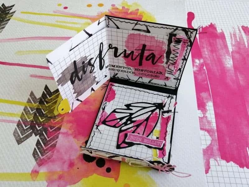 Mini álbum en formato cajita de cerillas hecha con los papeles de #MilkMedia y con técnicas de scrapbooking